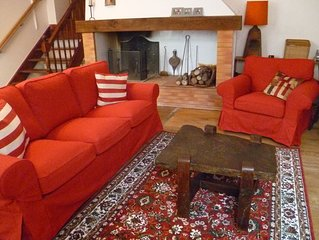 Monflanquin 13th Century Charming Village Home for 1 to 7 near Dordogne