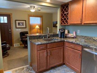 Avalon Guest Lodge 2A - Lansing, MI. Luxury Apartment