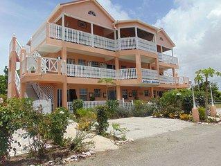 Antigua Seaview Flamboyant 2