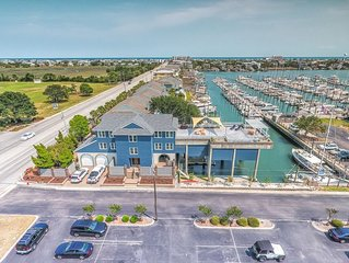 SAVINGS and Spectacular views!  Boaters Paradise!