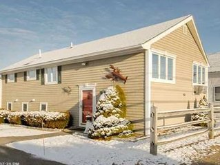 Immaculate, spacious 2nd row beach cottage at family friendly Wells Beach!