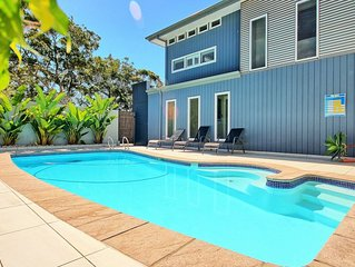 Moona Moona Lookout - pool, WiFi and 2 mins walk from the beach,  122 reviews