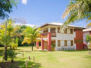Delicioso apartamento  no Condominio Reserva Timeantube  Praia do  Forte - Bahia
