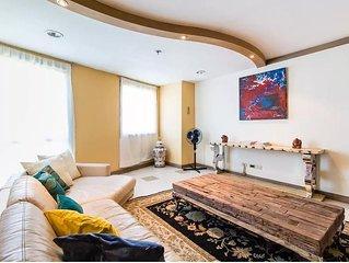 Modern Art 3-Bedroom Penthouse * Q.C