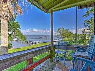 'Las Brisas' Palacios House w/Deck, Pier & Kayaks!