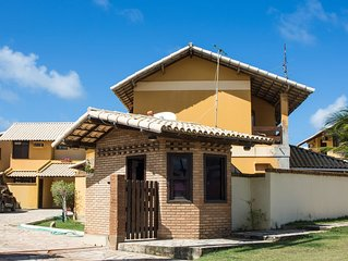 Excelente Casa com 3 suites, terraco e vista para o mar