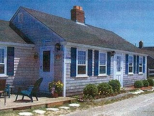 Beautiful Ocean Cottage at Craigville Beach, Hyannis / Centerville,