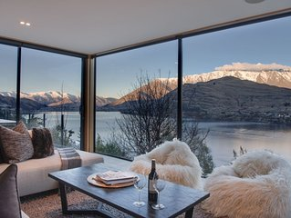 Panorama House - Stunning Lakeview Home