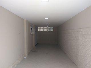Casa com 3 andares, recém reformada, excelente localização