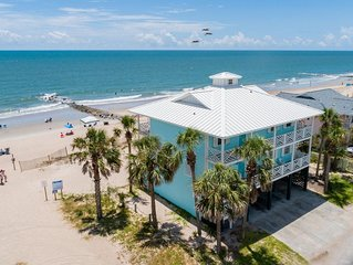 Oceanfront Showplace - the Island Manor