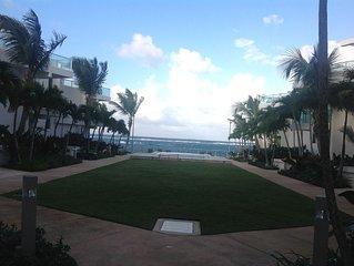 Beautiful 3 BR villa-oceanfront-walking distance to white sand Cerro Gordo Beach