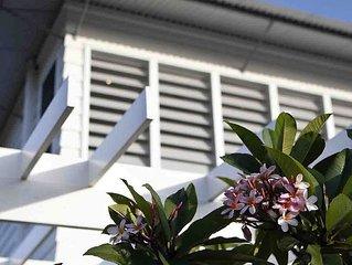 SERENITY BEACH RETREAT - Hamptons Beach HavenCasuarina - sleeps 14 -7 bedrooms