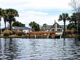 Lake Marion, SC Waterfront Property on TawCaw Creek w/4 kayaks! FALL SPECIAL!