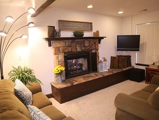 Heavenly Condo in South Lake Tahoe in the heart of 2 ski resort