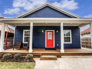 AMAZING NEW HOME - Super Clean & Close to Downtown Houston
