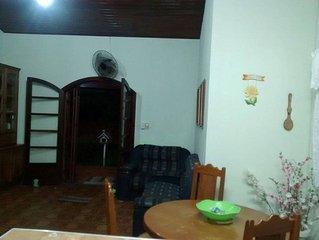 Casa em Caraguatatuba a 30 metros Praia Tabatinga com Ar Condicionado