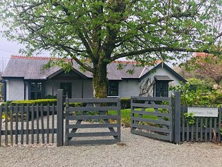 Gamekeepers Lodge, Cong