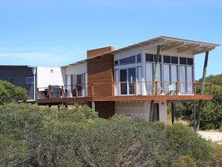 A beautiful and modern home with views of the national park lakes