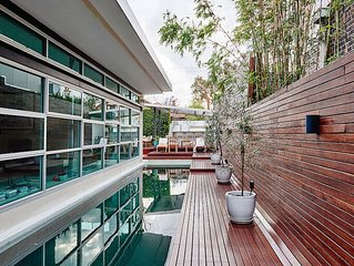 Luxury Holiday Home with Pool - Illawarra