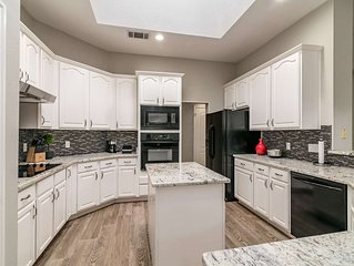 Enjoy Upscale Living in Desirable Circle C Ranch! Spacious, Relaxing, 20 Mins to
