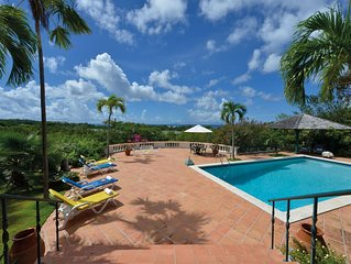 Ideal for Families, Gated community near beaches, AC, Free Wifi, Concierge, Pool