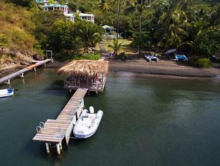 Beach front villa with infinity pool - Tamarind Cottages