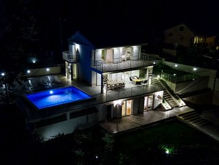 Amazing Villa Carmen with outdoor pool and breathtaking sea view
