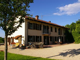 Welcome to the stunning landscape of Asti, in the heart of Piedmont.