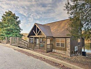 Lakefront Lodge Near Branson Strip & Silver Dollar