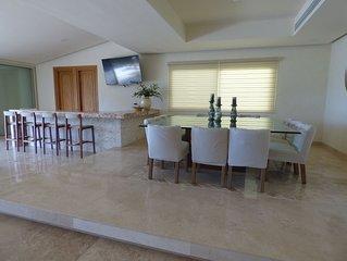 Preciosa casa nueva a pasos de la playa en campo de golf Tres Vidas