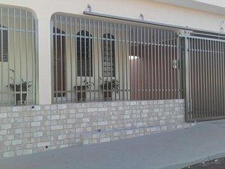 casa Dona Lourdes 3 minutos do Clube Thermas Olimpia piscina c/ aquecedor solar