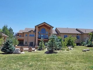 Gorgeous Colorado Estate With Outdoor Pool, hot tub and Incredible Views!!!