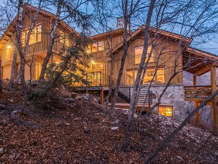 Skydance - Private, Mountain Views, Wood fireplace, Vaulted Ceilings, Family