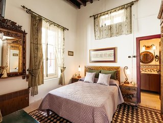 GUL HANIM HOUSE BOUTIQUE HOTEL RED ROSE ROOM in the walled city Nicosia