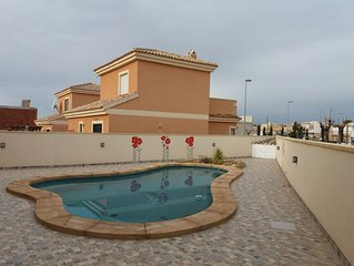 3 Bed detached villa with pool