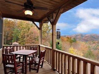 Gorgeous Mountain Home, Screen Porch, Hot Tub, Near Boone