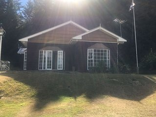 **New Listing** Fun Holiday Home nestled in Naseby