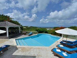 Tropical Villa w/ Pool in Exclusive Enclave, AC, Free Wifi, Pool, Concierge Serv