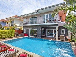 Baan Calypso | 7 Bed Tropical Pool Villa in Jomtien South Pattaya