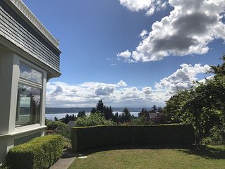 Perfect Getaway overlooking the Puget Sound, Close to Ruston Point and UPS