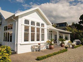 Stunning Sea views, renovated Villa