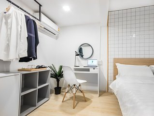 No1★Terrace House 39★New cozy room near EmQuartier