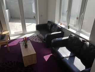 4 bedroom newly furnished house cork city