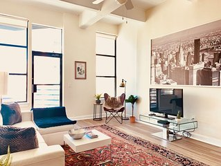 Amazing Spacious Modern Loft 3 BR/2BA Mins to NYC (Sleeps 7!)