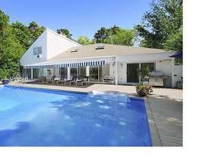 Perfect Hamptons beach house for one or two families (East Quogue)