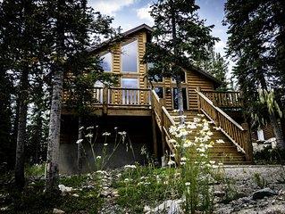 Beautiful Family Friendly Mountain Home near Breckenridge