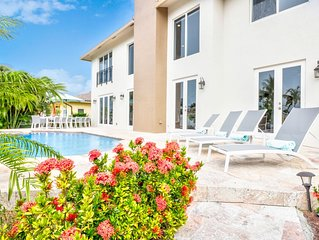 Book Late Summer, Fall & Holidays * this Gorgeous Beach Home-some Weeks 25% off!