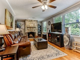 Premier Partner 5 Star 4 BR Home **Family/Groups/Work*** In Historic Avondale!