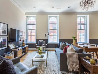 Domio | Old City | Chic 2BR near Independence Hall