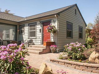 Historic 1930s Cottage - Walk to Downtown Bend - Drake Park Across the Street -